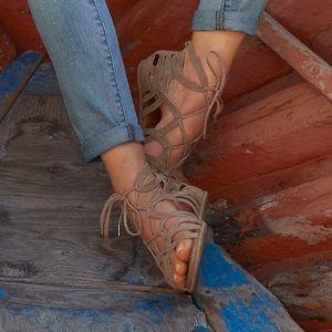 Gentle Souls\Kenneth Cole Break my Heart 3 sandals